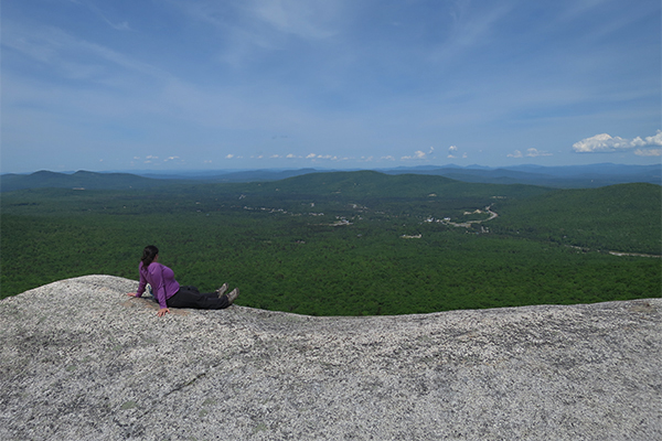 view from the ledges on Middle Sugarloaf in Twin Mountain