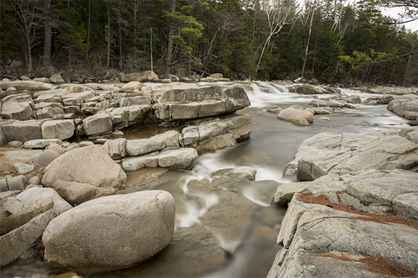 Lower Falls along the Kancamagus Highway / NH Route 112