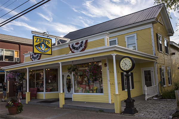 Zeb's General Store, downtown North Conway