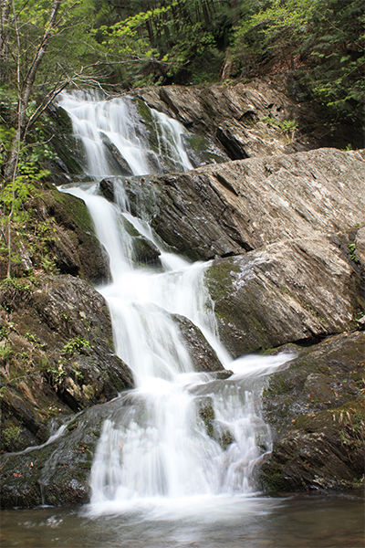 the right tiers of Twin Cascades, Massachusetts