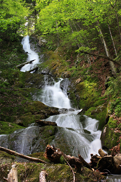 the left tiers of Twin Cascades, Massachusetts