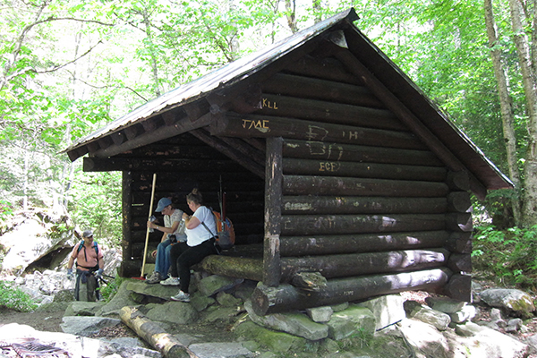 Coppermine Shelter, 0.2 mile below Bridal Veil Falls
