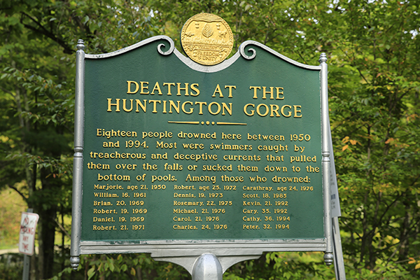 Huntington Gorge deaths sign
